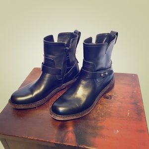 Rag and Bone black leather Moto Boots. Size 36.5